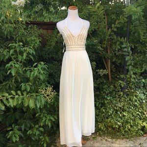 GORGEOUS LULUS WHITE BRIDAL DRESS